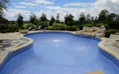 4 Signs It's Time to Replace Your Pool Liner