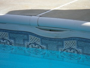 My Pool Liner's Come Off Track. Is It Time for a Pull?