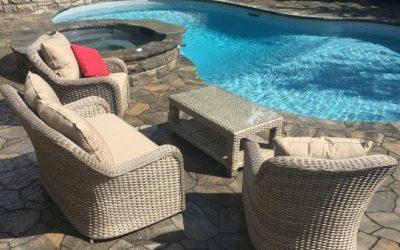 Choosing Patio Furniture to Design Your Own Backyard Oasis