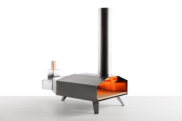 Uuni 3 woodfire pizza oven.
